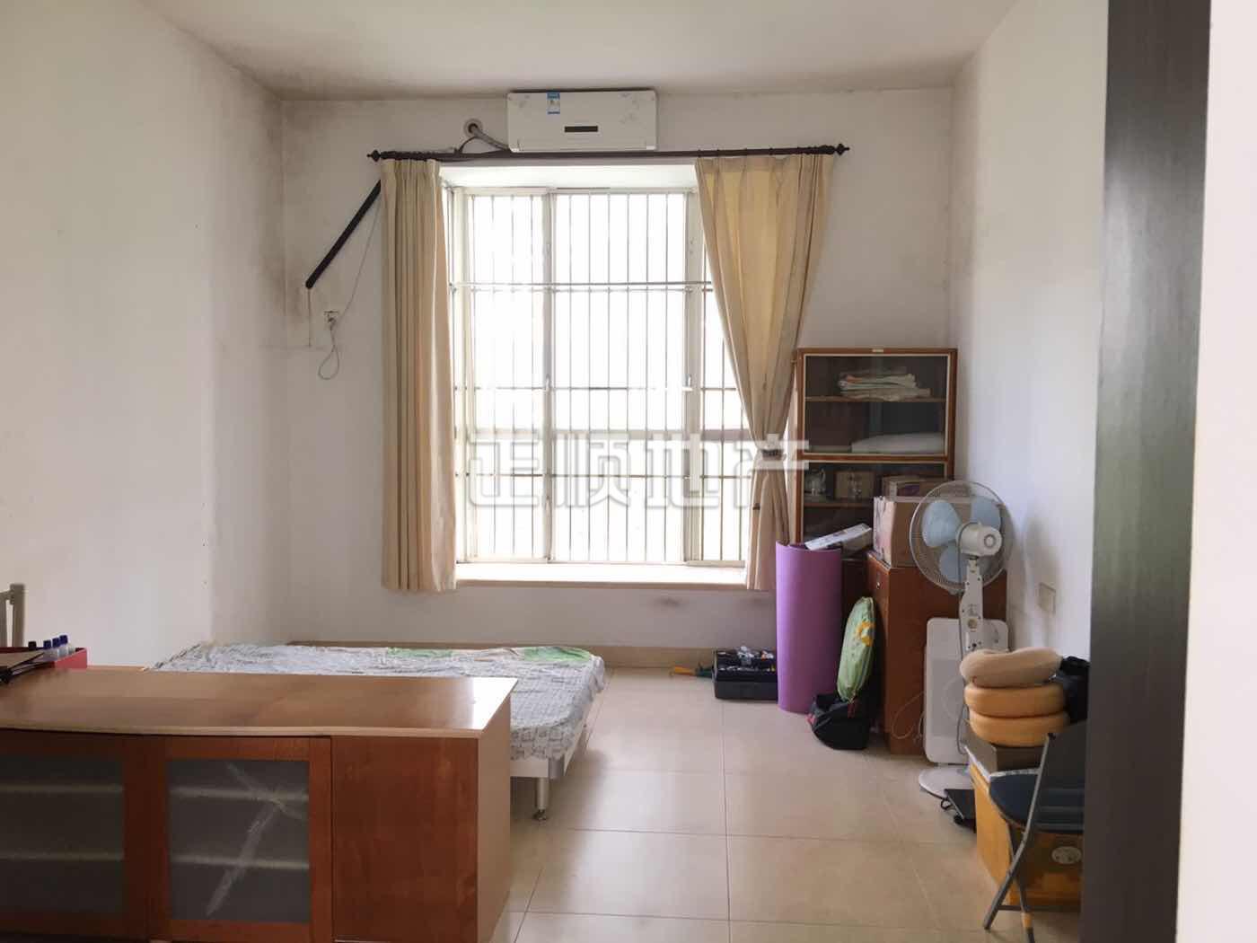 客廳如何隔出一個房間